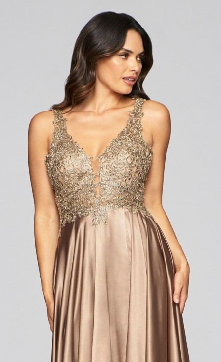 Satin & lace v-neck prom dress/ball gown
